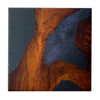 Doppelter Bogen und die Milchstraße - Utah Fliese