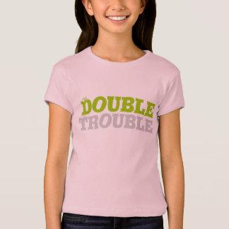 Doppeltes Problem-Zwillings-T-Stück T-Shirt