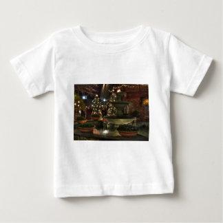 Dorf-Brunnen Baby T-shirt