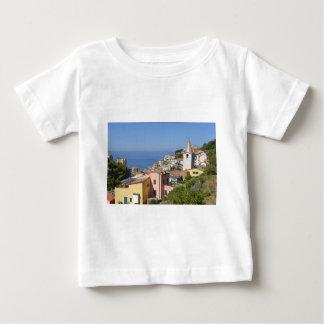 Dorf von Riomaggiore in Italien Baby T-shirt