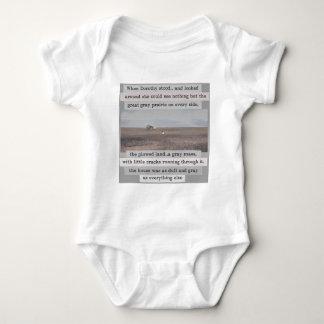 Dororthys Kansas-Vorlage mit Wörtern Baby Strampler
