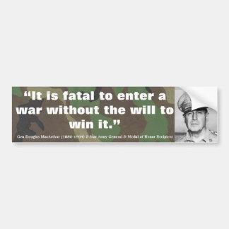 Douglas MacArthur ist es tödlich, einen Krieg Autoaufkleber