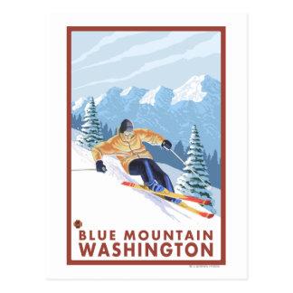 Downhhill Schnee-Skifahrer - blauer Berg, Postkarte