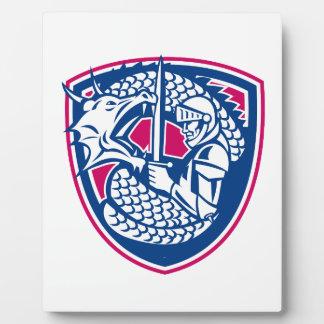 Drache-und Ritter-kämpfendes Wappen Fotoplatte