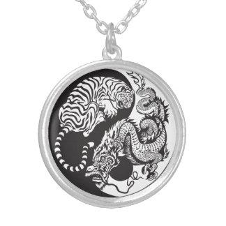 Drache und Tiger yin Yang-Symbol Halskette Mit Rundem Anhänger