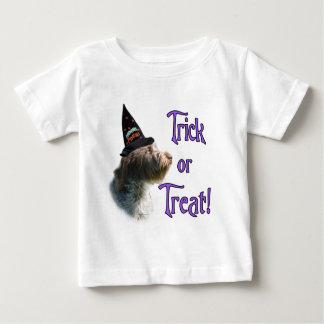 Drahthaar, das Griffon Trick zeigt Baby T-shirt