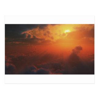 Drastische Ansicht vom Himmel Postkarte