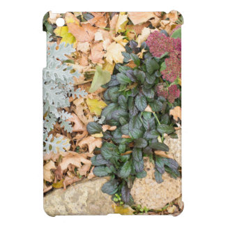Draufsicht des Herbst Flowerbed iPad Mini Cover