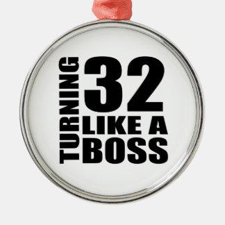 Drehen 32 wie ein Chef-Geburtstags-Entwürfe Rundes Silberfarbenes Ornament