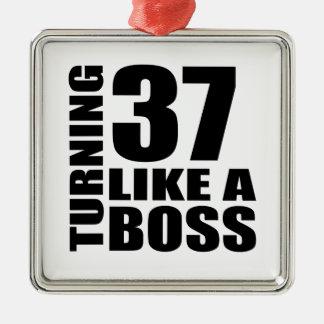Drehen 37 wie ein Chef-Geburtstags-Entwürfe Quadratisches Silberfarbenes Ornament