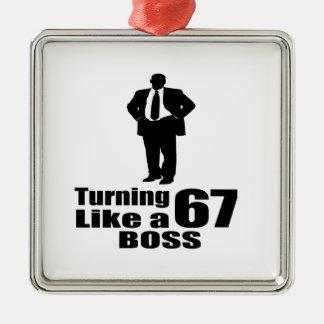 Drehen 67 wie ein Chef Silbernes Ornament