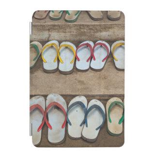 Drehen Sie Reinfall-Sandelholze um iPad Mini Hülle