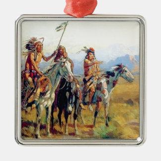 drei angebrachter amerikanischer Ureinwohner Silbernes Ornament