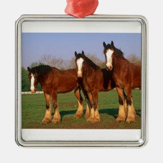 Drei Brown-Pferde Quadratisches Silberfarbenes Ornament