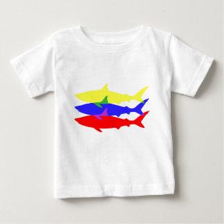 Drei farbige Haifische Baby T-shirt