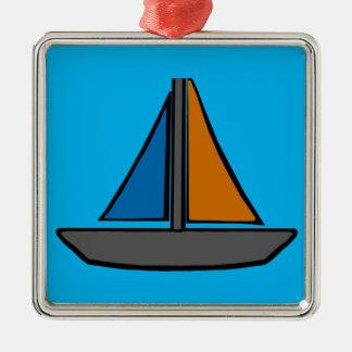 Drei farbige Segelboote Quadratisches Silberfarbenes Ornament