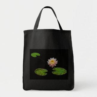 Drei Lilien-Auflagen mit Blume Einkaufstasche