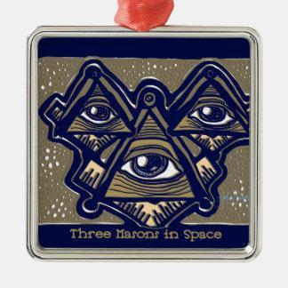 Drei Maurer im Raum durch ParanormalPrints Quadratisches Silberfarbenes Ornament