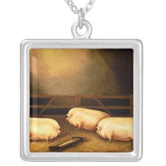 Drei Prize Schweine außerhalb eines Schweinestalls Halskette Mit Quadratischem Anhänger