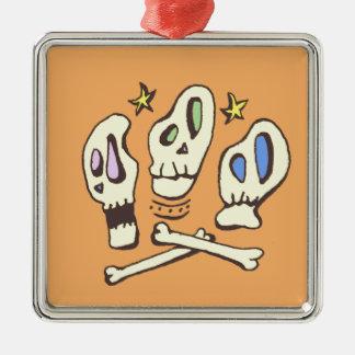 Drei Schädel Silbernes Ornament