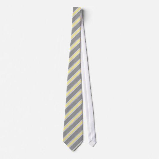 Drei Streifen three stripes grau grey gelb yellow Krawatte