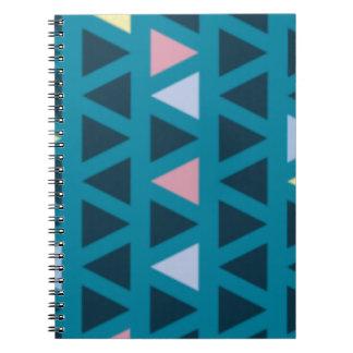 Dreiecke mit blauer und rosa Liebe Notizblock