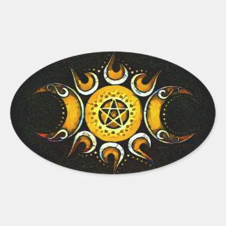 Dreifache Göttin gekrönt - Dunkelheit Ovaler Aufkleber
