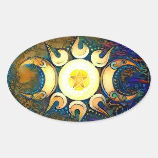 Dreifache Göttin gekrönt - göttliche Gewerkschaft Ovaler Aufkleber
