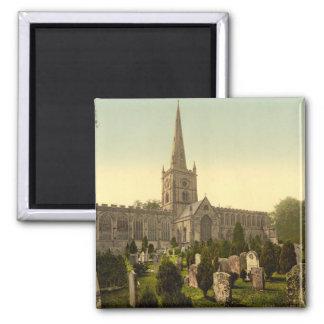 Dreifaltigkeitskirche II, Stratford-nach-Avon, Quadratischer Magnet