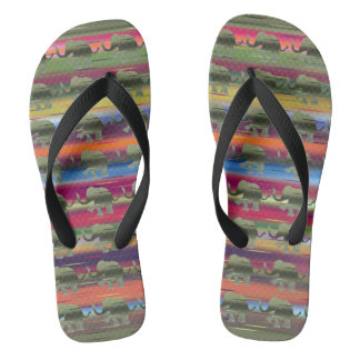 Dschungel-Regenbogen färbt gestreifte Elefanten Flip Flops