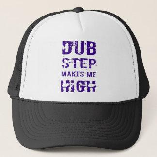 Dubstep makes me high T-Shirts Truckerkappe