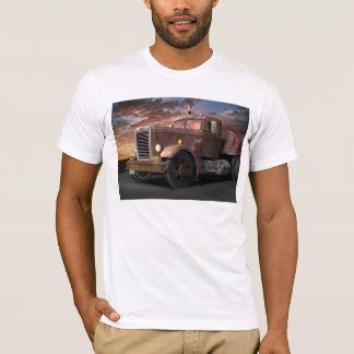 Duell-LKW-T-Shirt T-Shirt