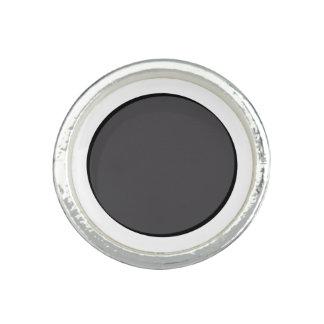 Dunkelgrauer Punkt Ring