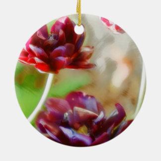 Dunkle Bordeaux-Pfingstrosen-blühendes Tulpe-Trio Keramik Ornament