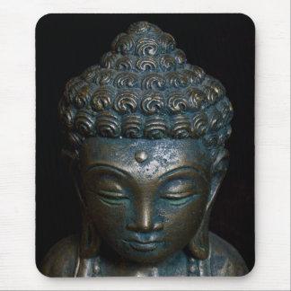 Dunkle Buddha-Statue Mauspads