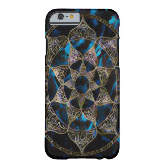 Dunkle Lotos-Blumemandala-Acryl-Kunst Barely There iPhone 6 Hülle