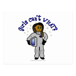 Dunkler Mädchen-Astronaut Postkarte