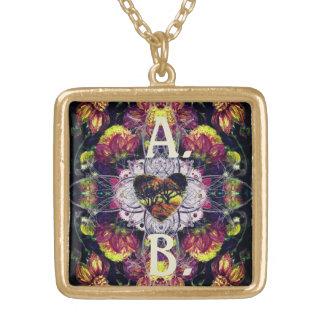 Dunkles Herz-Blumenanhänger Halskette Mit Quadratischem Anhänger