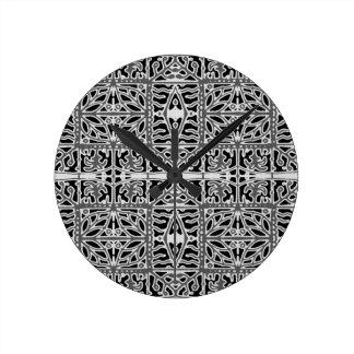 Dunkles orientalisches verziertes Muster Runde Wanduhr