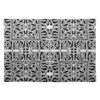 Dunkles orientalisches verziertes Muster Tischset
