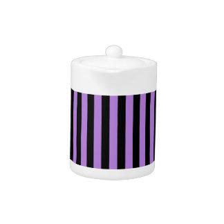 Dünne Streifen - Schwarzes und Lavendel