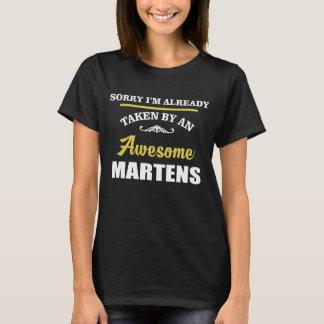 Durch fantastische MARDER genommen. T-Shirt