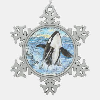 Durchbrechen der Schwertwal-alten Karte Schneeflocken Zinn-Ornament