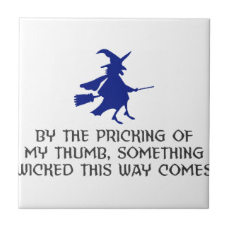 Durchstechen meines Daumen-Halloween-Entwurfs Keramikfliese