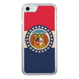 Dynamische Missouri-Staats-Flaggen-Grafik auf a Carved iPhone 8/7 Hülle