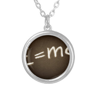 e=mc2… versilberte kette
