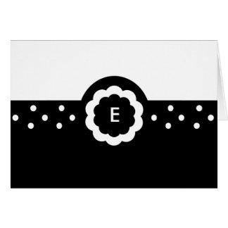 E:: Monogramm-E punktierte schwarze u. weiße Mitteilungskarte
