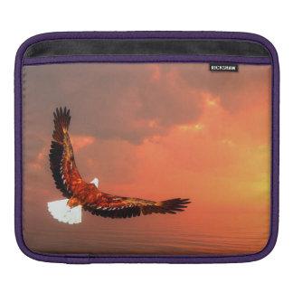 Eagle, das zur Sonne fliegt - 3D übertragen Sleeve Für iPads