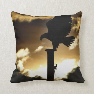 """""""Eagle-Sonnenuntergang-"""" Weißkopfseeadler-wild Kissen"""