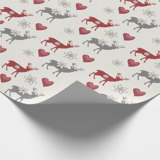 Edelweiss Rotwild und Herz-Packpapier Geschenkpapier